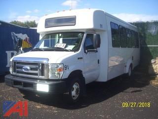 2013 Ford E450 Wheelchair Bus