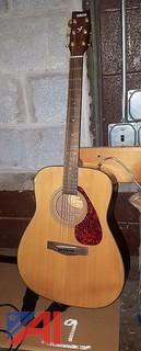Yamaha F335 Guitar & Strap