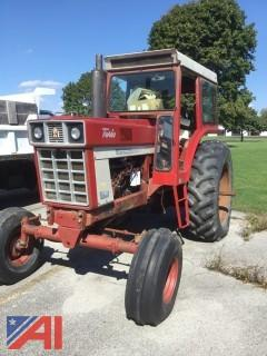 International Harvester Farmall 1066 Turbo Tractor