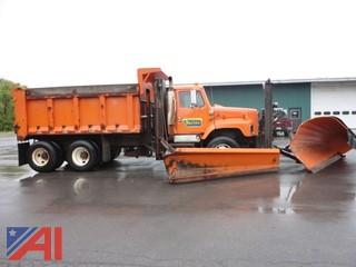 2003 International 2674 6x4 Dump with Spreader/Plow and Wing