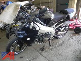 2002 Kawasaki ZX900-F  Ninja ZX-9R Motorcycle
