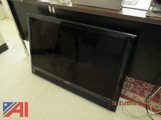 """Mitsubishi 40"""" TV"""
