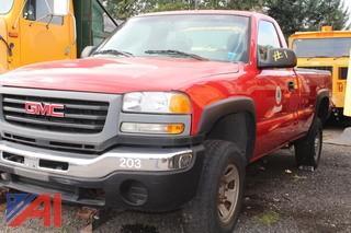 2005 GMC Sierra 3500 Pickup Truck