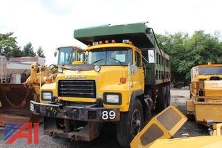 1996 Mack RD Dump Truck