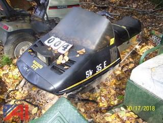 1984 SkiDoo Safari 377 Snowmobile