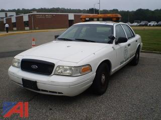 2003 Ford Crown Victoria 4 Door Police Interceptor