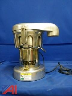 Nutrifaster Commercial Fruit and Vegetable Juicer