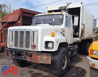 2000 International 2674 Packer/Garbage Truck