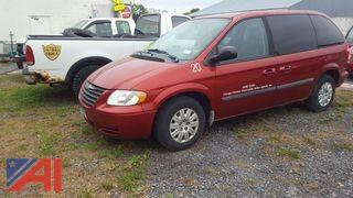2007 Chrysler Town & Country Mini Van