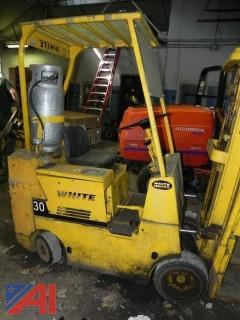 White MA30S Forklift