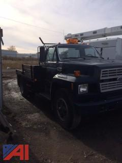 1988 Ford F700 2 Door Flat Bed