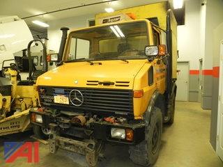 1989 Mercedes Unimog 1200 Dump Leaf Box with Snowblower