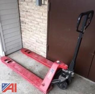 Dayton Manual Pallet Lift