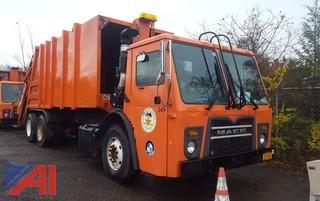 2012 Mack LEU600 Packer/Garbage Truck