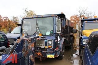 1987 Mack MR685S Sander Truck