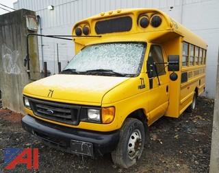 2004 Ford E350 SD Corbeil School Bus/71