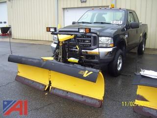 2004 Ford F250 SD Extended Cab Pickup with Plow