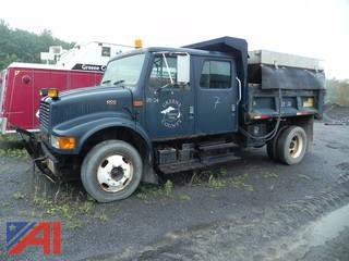 2001 International 4700 Dump Truck with Sander