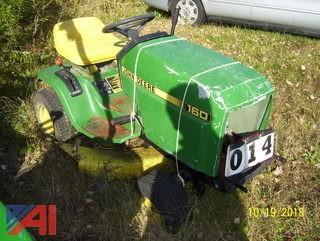 John Deere 160 Tractor