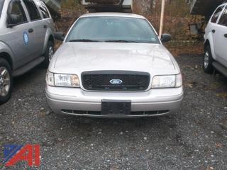 2009 Ford Crown Victoria 4 Door/ Police Interceptor
