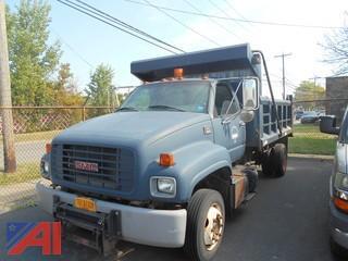 2000 GMC C5500 Dump Truck with Sander
