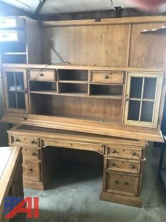 Sligh Brand Desk w/Credenza and Hutch