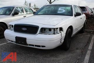 2001 Ford Crown Victoria 4 Door/Police Interceptor