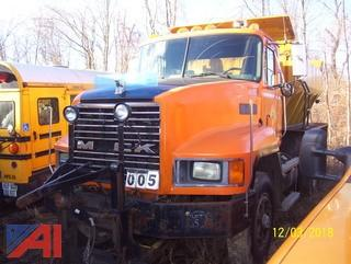 1990 Mack CH613 Sander Truck