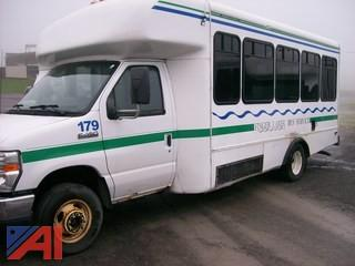 2009 Ford E450 Wheelchair Bus