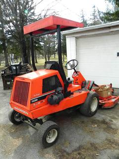 "(#15) Jacobsen T428D Turfcat 72"" Riding Mower"