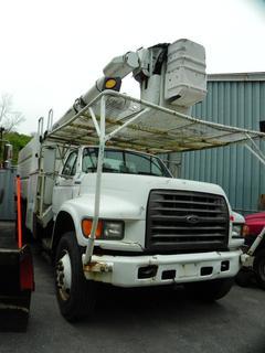 1999 Ford F800 55' Bucket Truck
