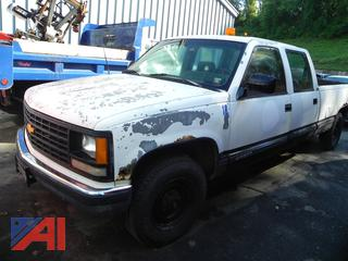 Hwy 7 1992 Chevy C/K 3500 Crew Cab Pickup Truck with Lift Gate