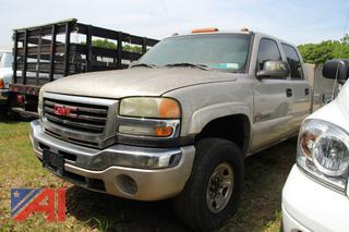 2004 GMC Sierra 2500HD Pickup/Utility Truck