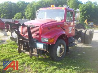 2001 International 4900 Cab and Chassis