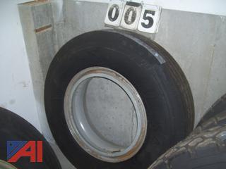 11R24.5 Tires