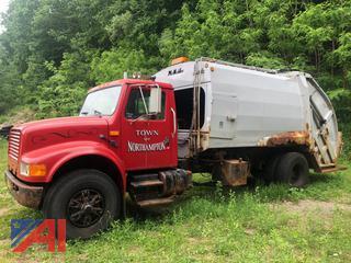 1991 International 4900 Packer Truck