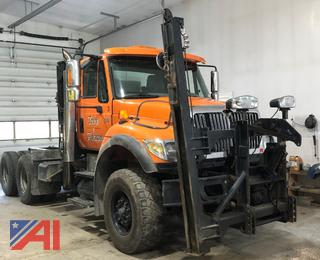 2006 International 7600 Cab & Chassis with Plow