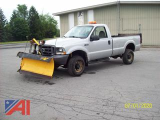 2004 Ford F350 XL Super Duty Pickup Truck with Life Gate and Plow