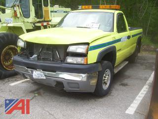 2005 Chevy 2500 Pickup Truck with Toolbox