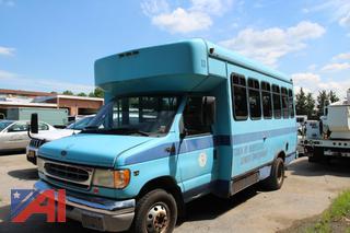 2002 Ford E450 Super Duty Wheelchair Bus