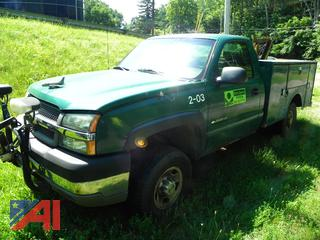 (#5) 2003 Chevy Silverado 2500HD Utility Truck with Plow