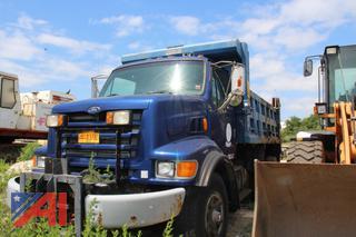 1998 Ford LT8501 Dump Truck