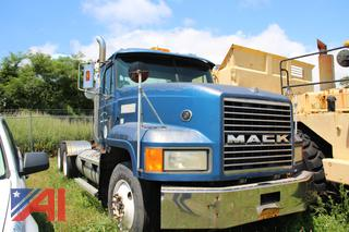 1999 Mack E7-460 Tractor