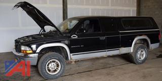 2000 Dodge Dakota Pickup Truck with Cap