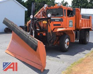 1972 Oshko P2023 Dump Truck with Wing and Plow