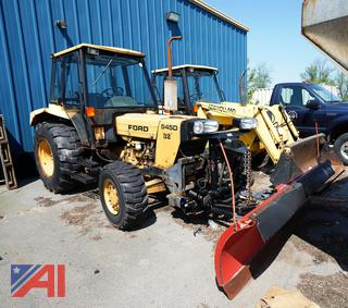 1997 Ford New Holland 545D Tractor with Plow/32