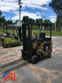 Hyster E50XL-27 Forklift with Charger