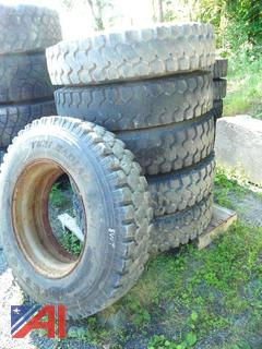 (#5) 11R24.5 Tires with Rims
