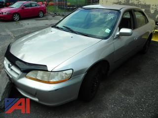 (#11) 1998 Honda Accord 4 Door Sedan