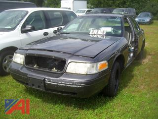 2001 Ford Crown Victoria Sedan